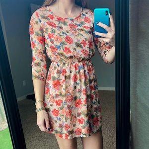 Floral 3/4 sleeve dress